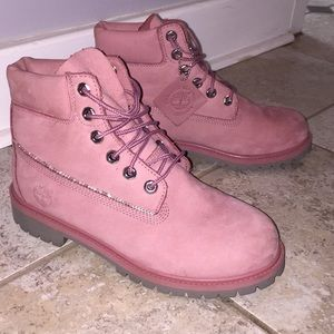 ✨Swarovski Rose Pink Timberlands✨